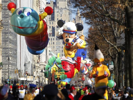 5th Avenue view of Macy's Day Parade